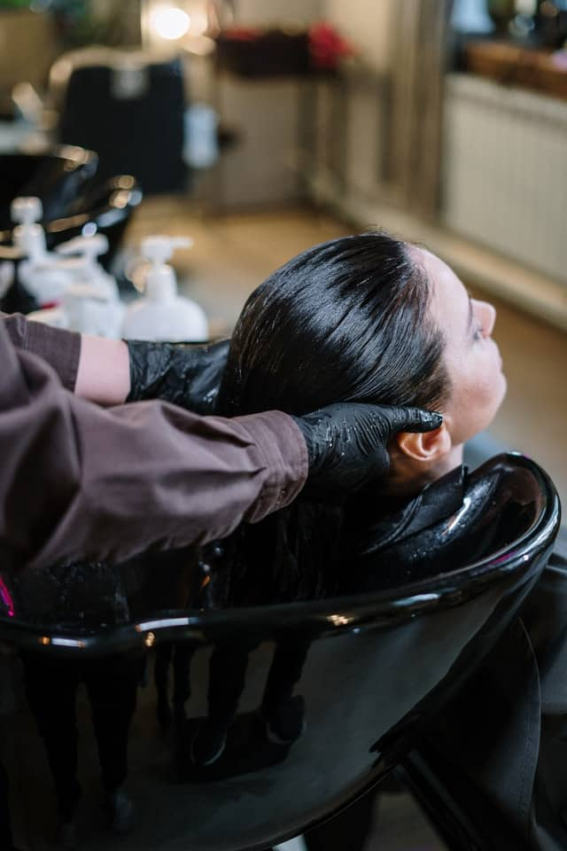 Can People With Psoriasis Have Chemical Hair Treatments?